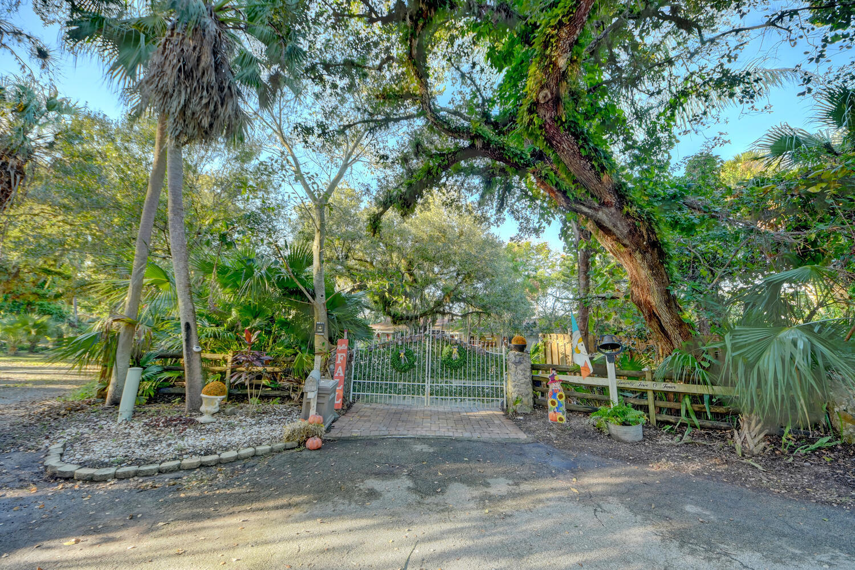 2504 Isola Bella Drive, Fort Pierce, FL 34981