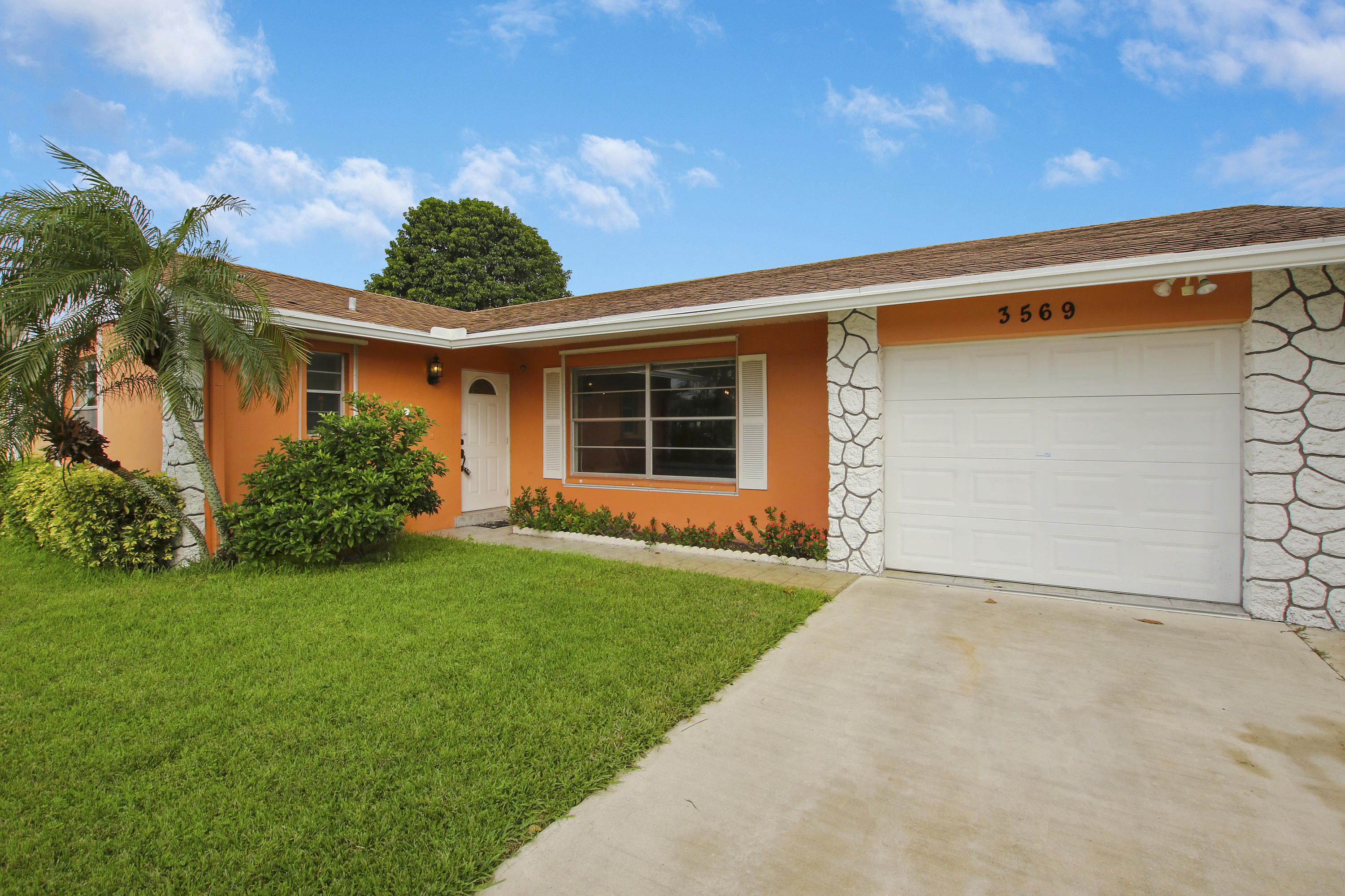 3569 Victoria Drive, West Palm Beach, FL 33406