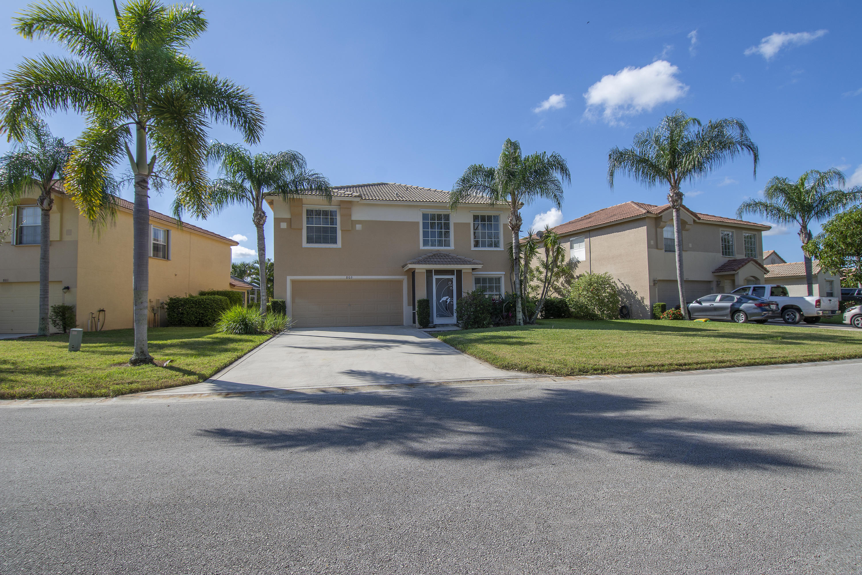 803 Nw Greenwich Court, Port Saint Lucie, FL 34983