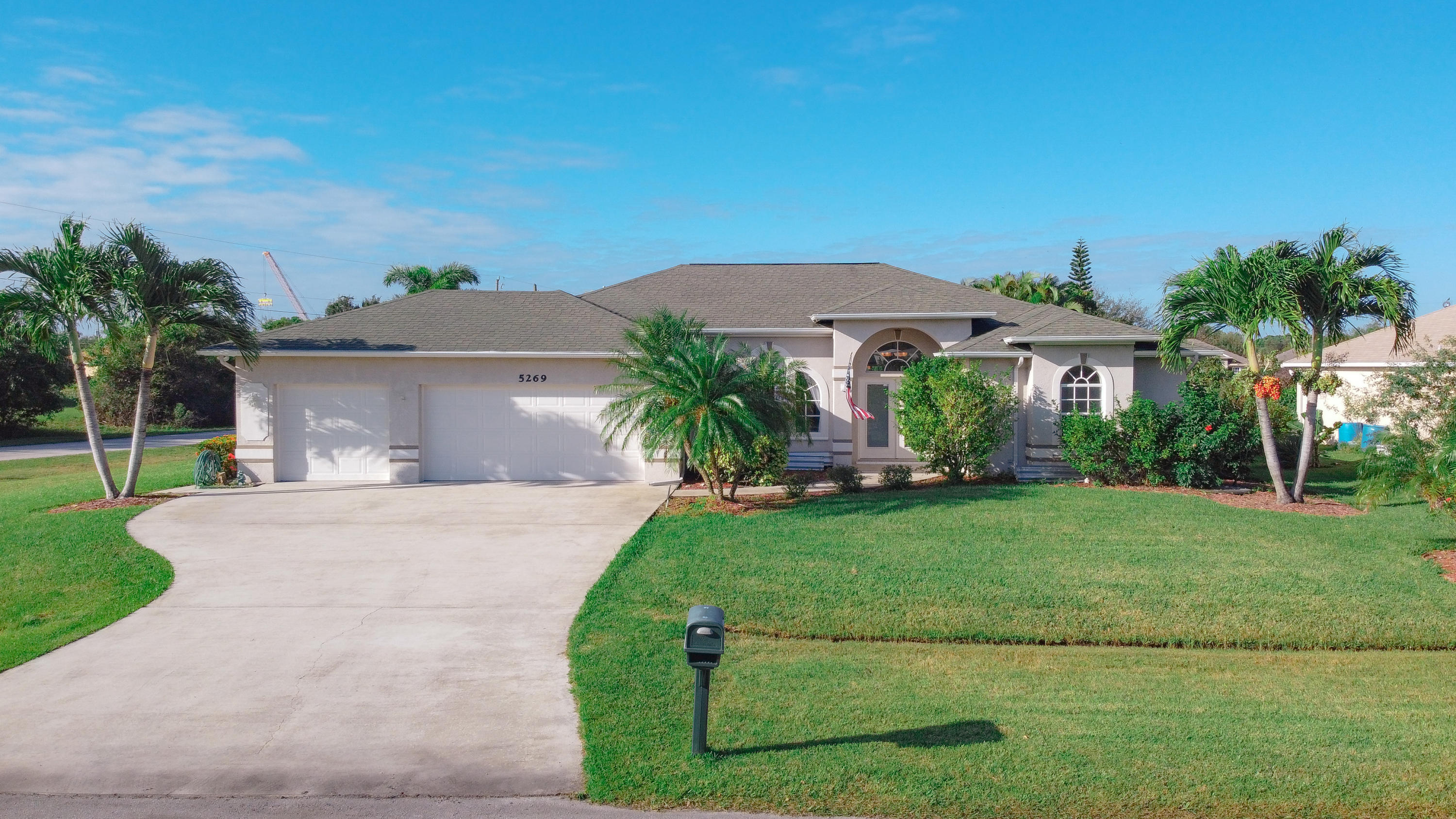 5269 Nw East Delwood Drive, Port Saint Lucie, FL 34986