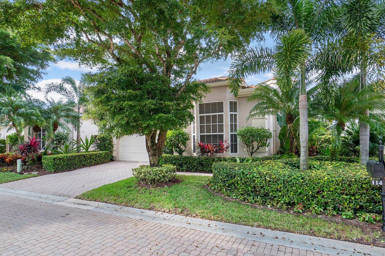 114 Sunset Bay Drive, Palm Beach Gardens, FL 33418