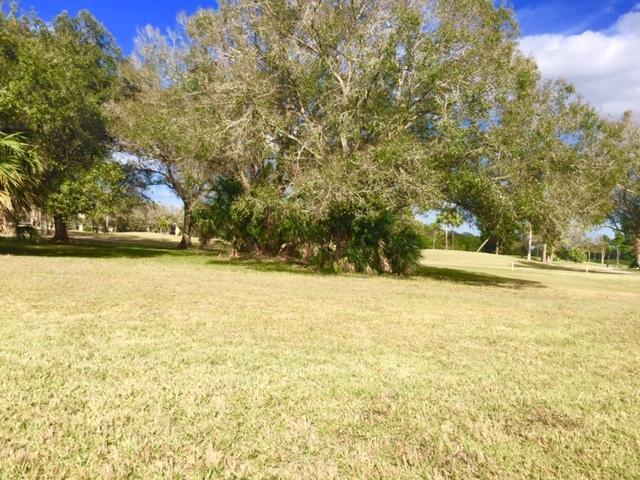 9412 Meadowood Drive, Fort Pierce, FL 34951
