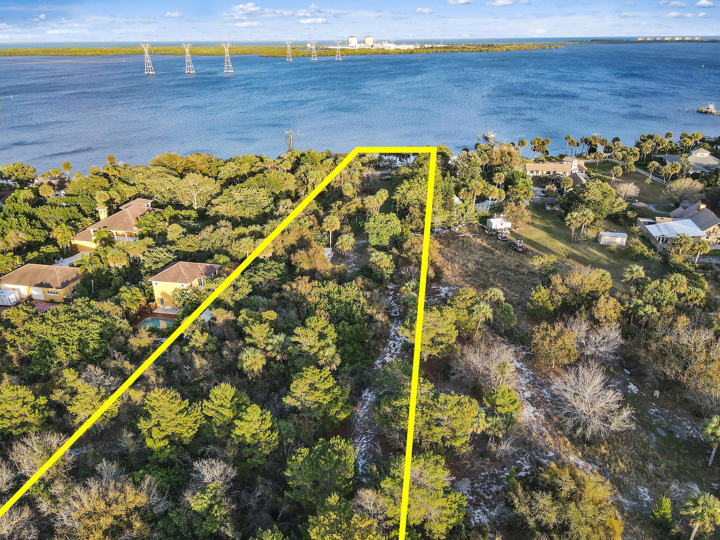000 S Indian River S Drive, Fort Pierce, FL 34982