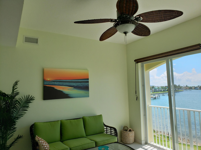 3 Harbour Isle E Drive, Fort Pierce, FL 34949