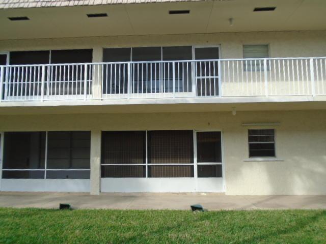 600 Snug Harbor Drive, Boynton Beach, FL 33435