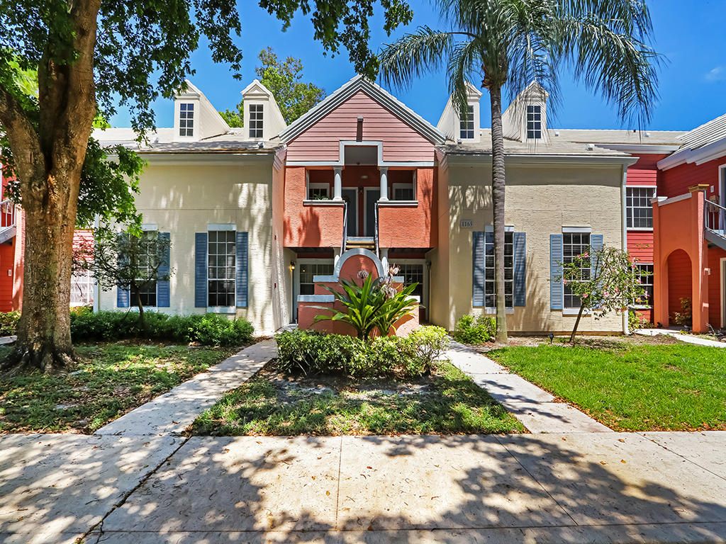 1165 Crystal E Way, Delray Beach, FL 33444