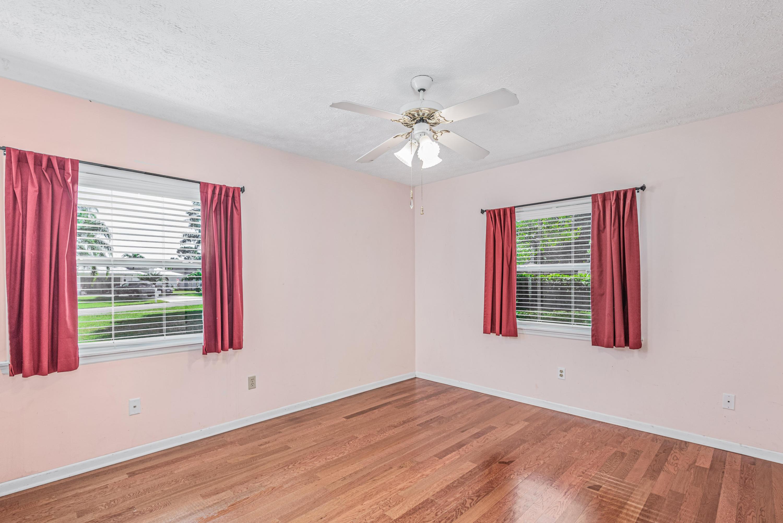 2490 Se Pascal Avenue, Port Saint Lucie, FL 34952