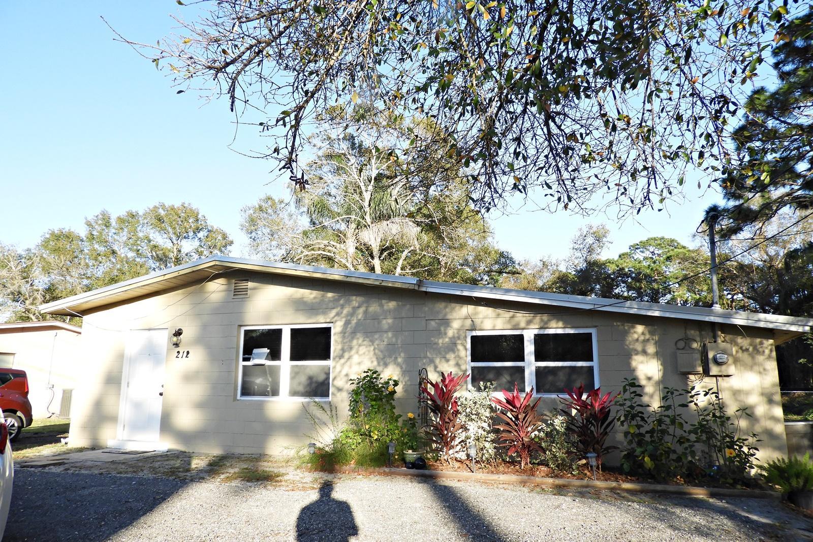 212 N 39th Street, Fort Pierce, FL 34947