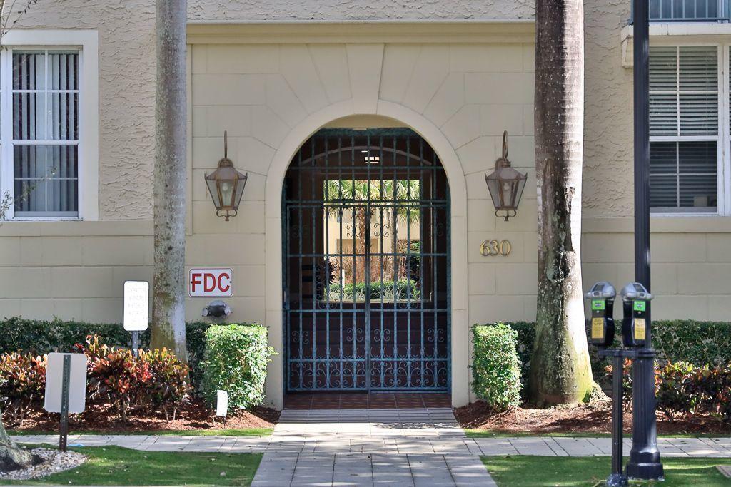 630 S Sapodilla Avenue, West Palm Beach, FL 33401