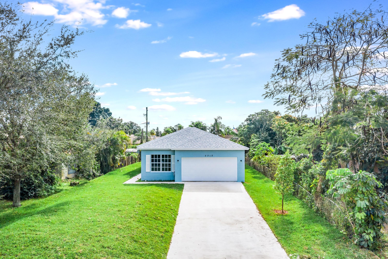 5212 Ferndale Drive, Delray Beach, FL 33484