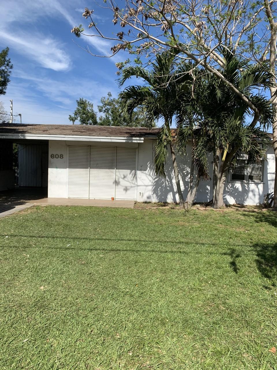 608 Gardenia Avenue, Fort Pierce, FL 34982