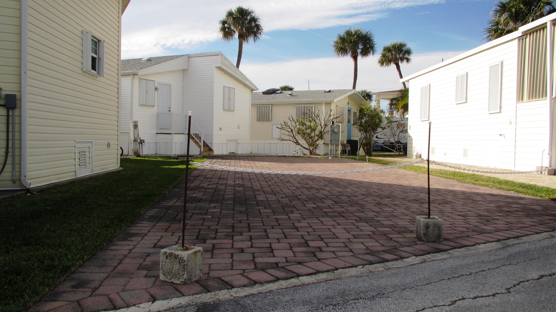 10725 Ocean S Drive, Fort Pierce, FL 34950