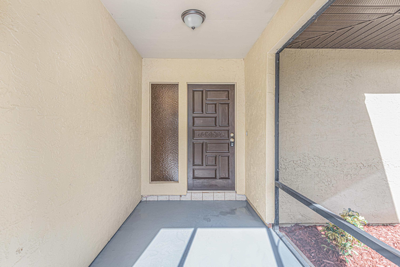 1089 Se Shakespeare Avenue, Port Saint Lucie, FL 34983