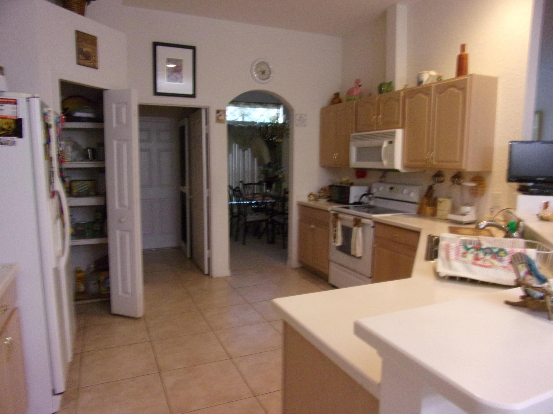 2685 Sw Selkirk Lane, Port Saint Lucie, FL 34953