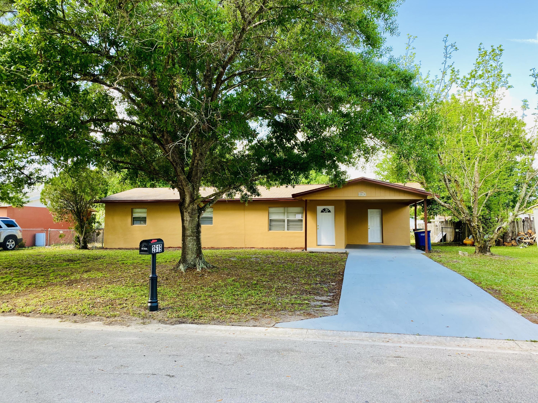 2619 S 28th Street, Fort Pierce, FL 34981