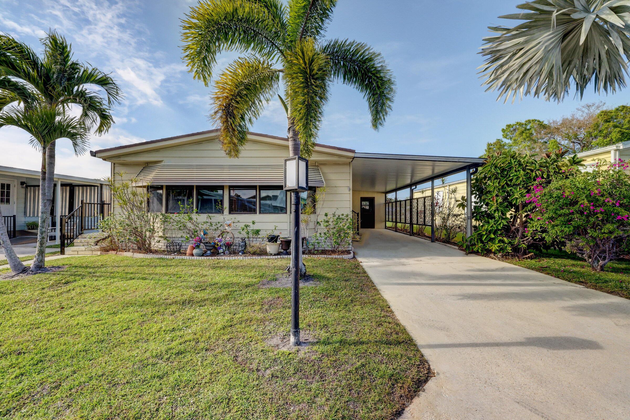 460 La Buona Vita Drive, Fort Pierce, FL 34952