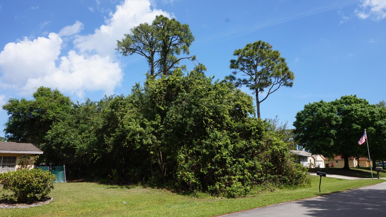 6706 Citrus Park Boulevard, Fort Pierce, FL 34951