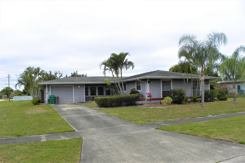 116 Se Selva Court, Port Saint Lucie, FL 34983