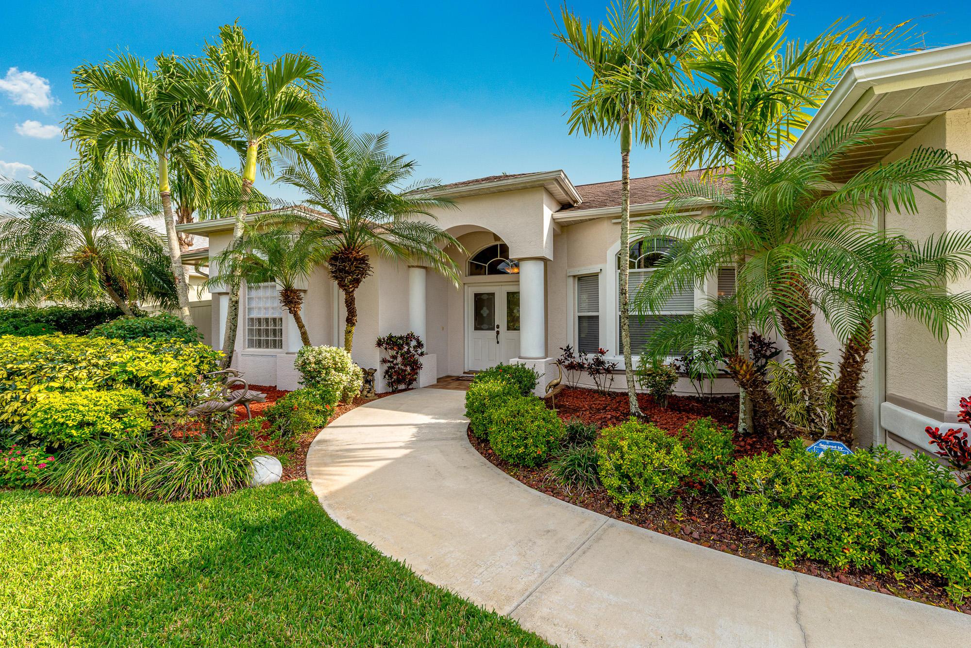 918 Sw Abbot Avenue, Port Saint Lucie, FL 34953