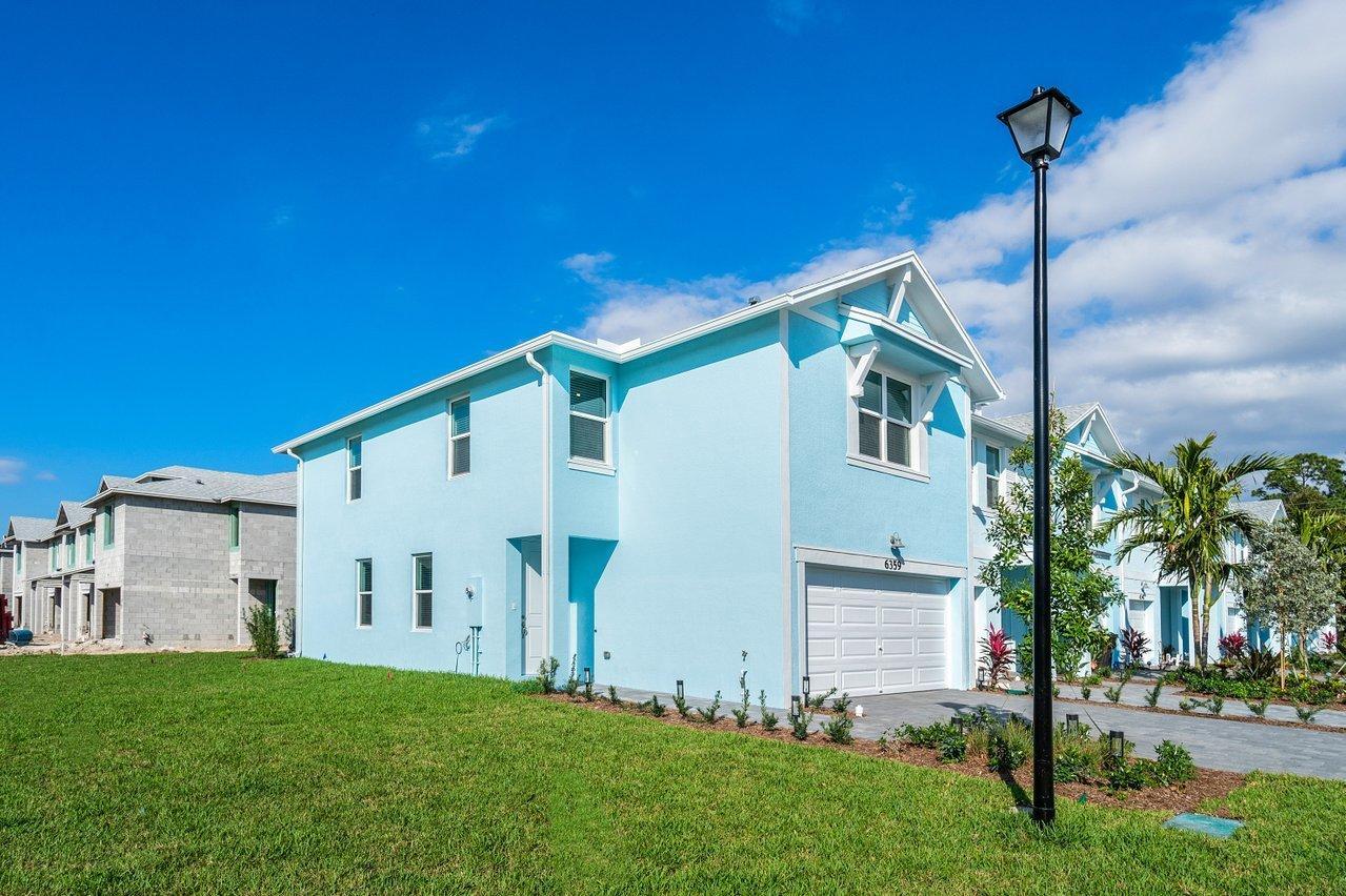 6359 Sailpointe Lane, West Palm Beach, FL 33413