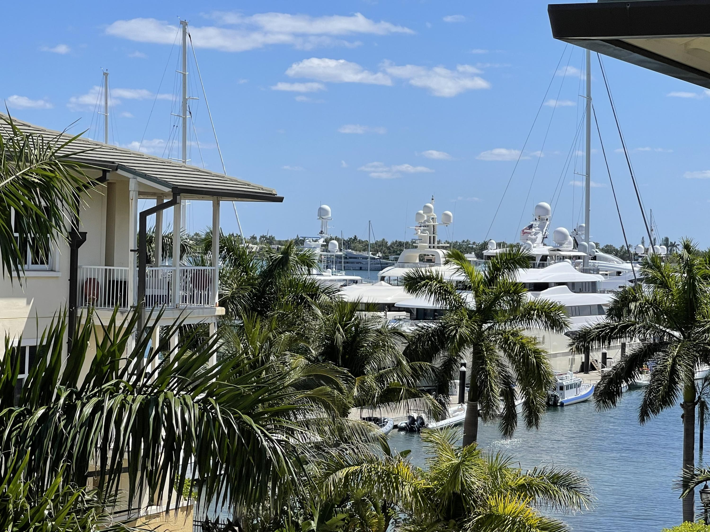 3940 N Flagler Drive, West Palm Beach, FL 33407