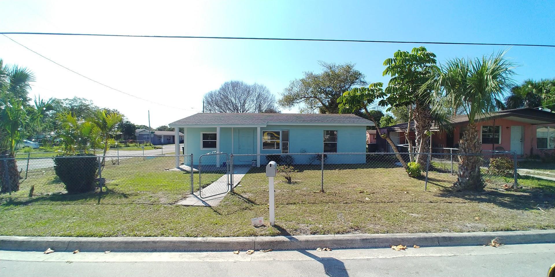 809 Dundas Court, Fort Pierce, FL 34950