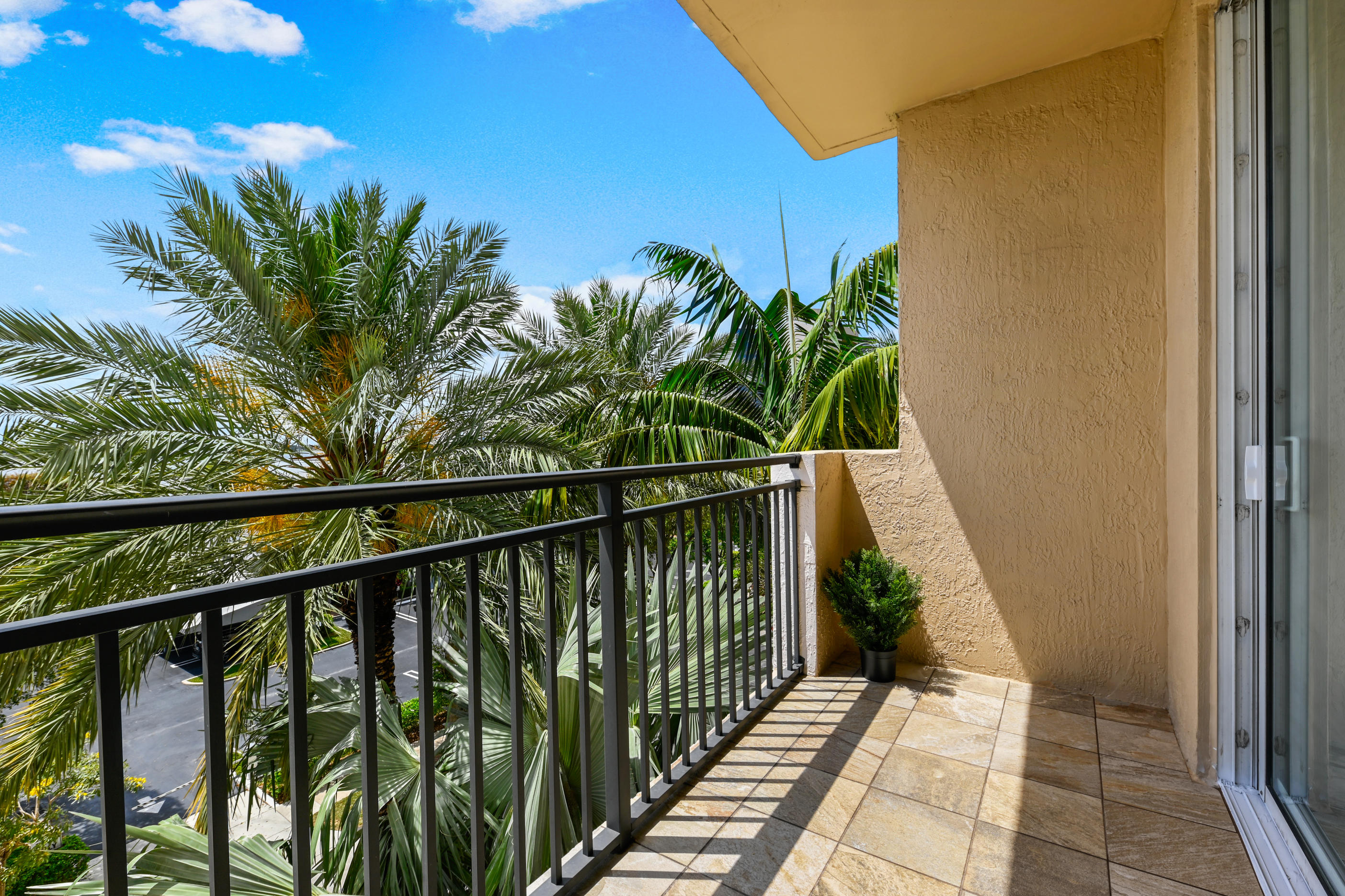 616 Clearwater Park Road, West Palm Beach, FL 33401