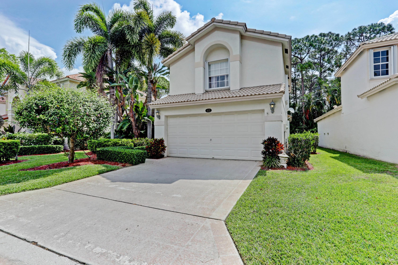432 Woodview Circle, Palm Beach Gardens, FL 33418