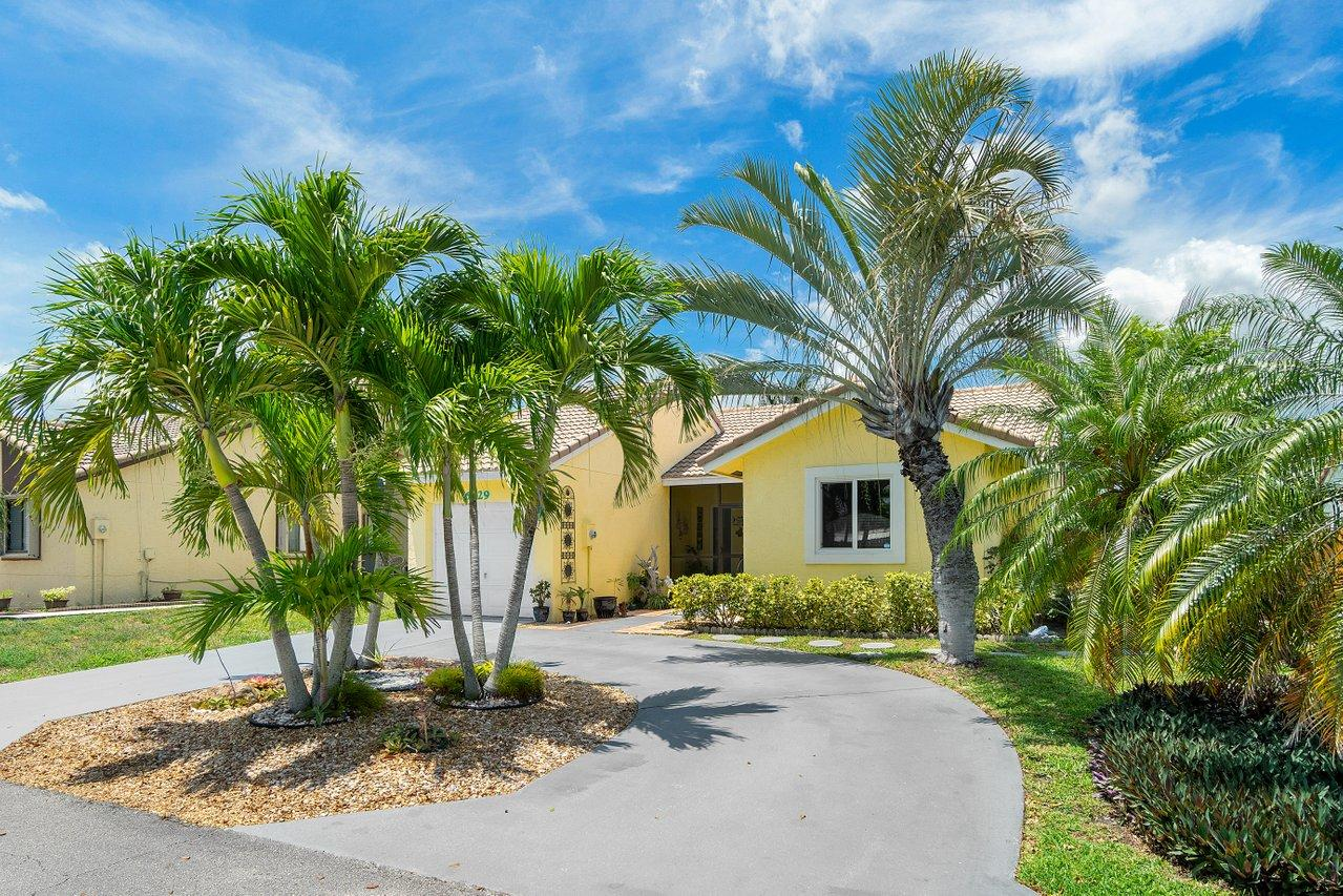 6329 Country Fair Circle, Boynton Beach, FL 33437