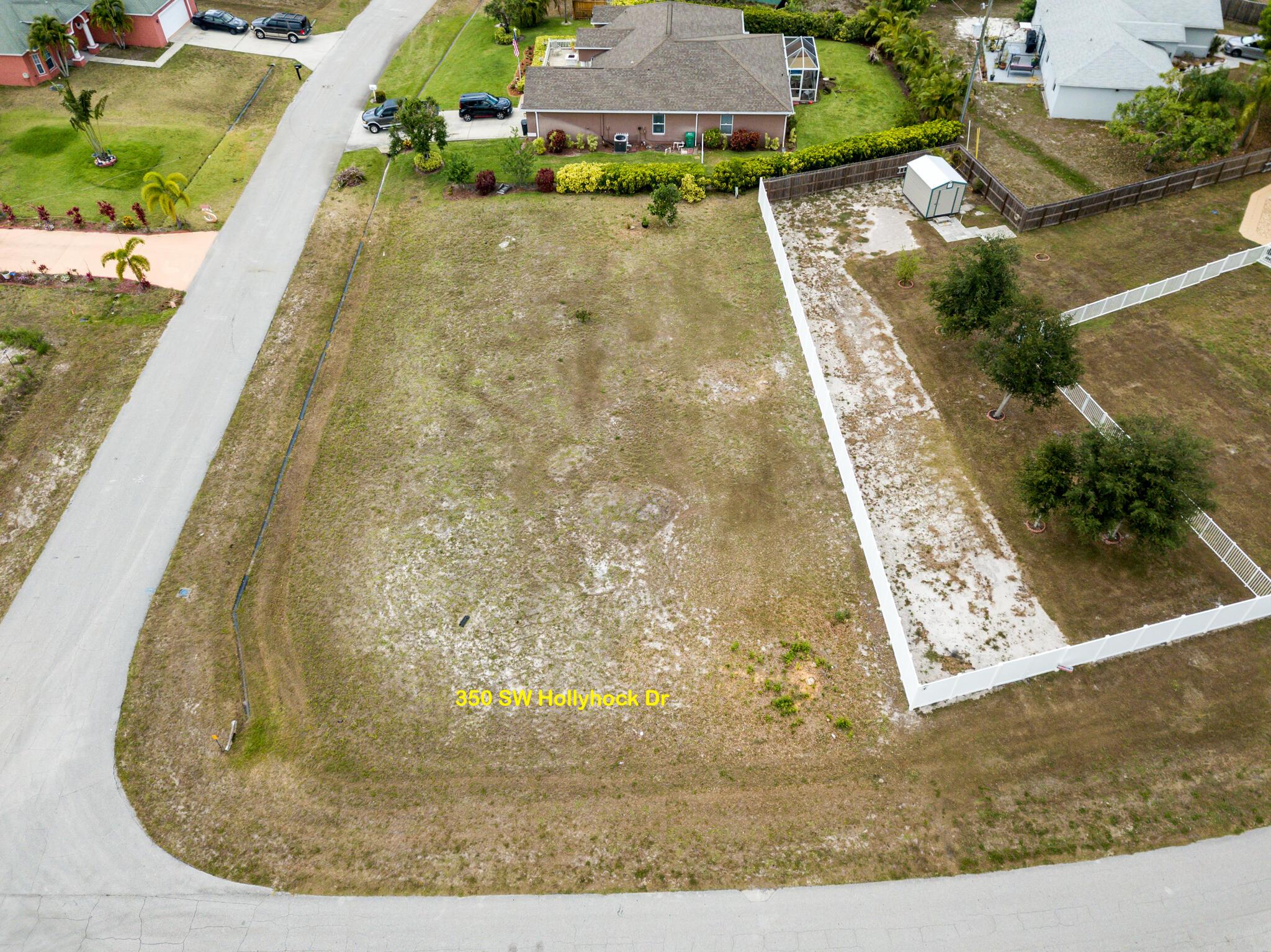 350 Sw Hollyhock Drive, Port Saint Lucie, FL 34953