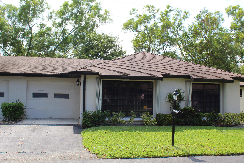 4948 Equestrian Circle, Boynton Beach, FL 33436
