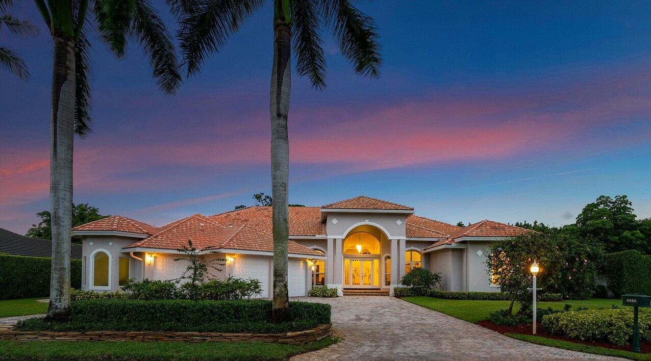 4585 Gleneagles Drive, Boynton Beach, FL 33436
