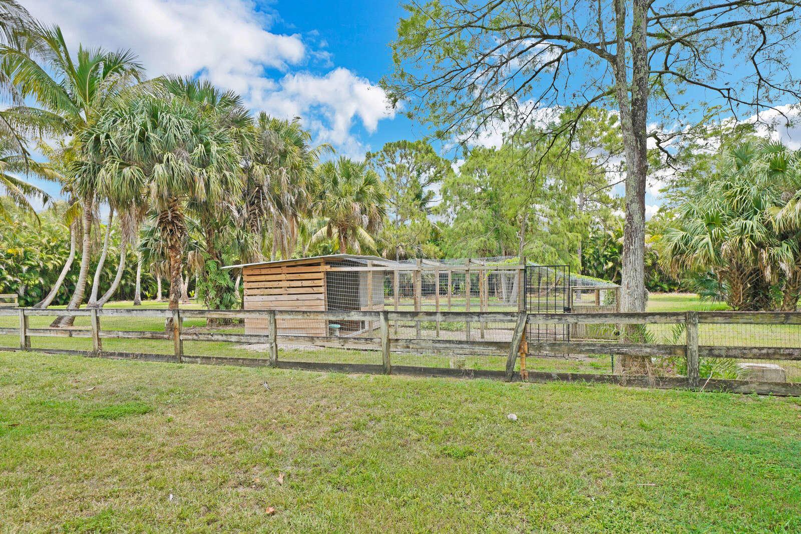 1154 Stallion Drive, Loxahatchee, FL 33470