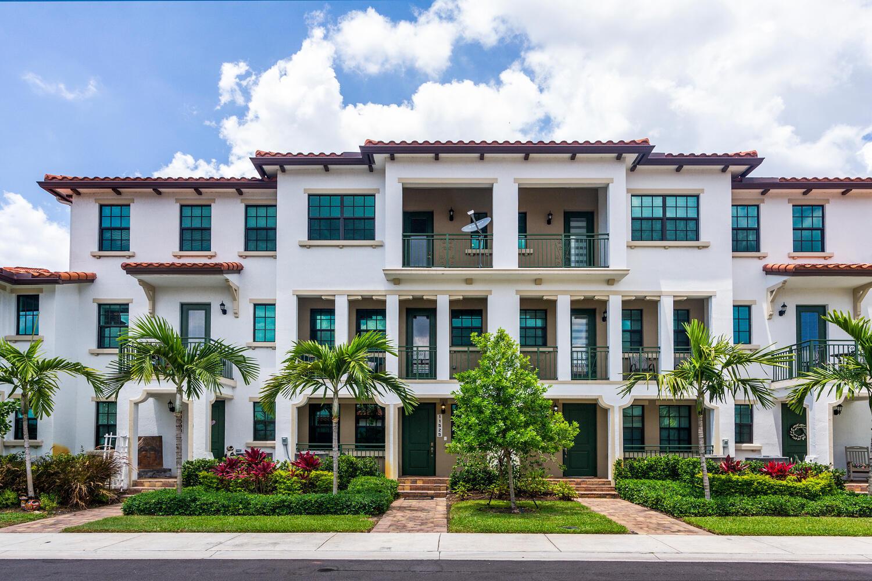 11525 Sw 15th Street, Pembroke Pines, FL 33025