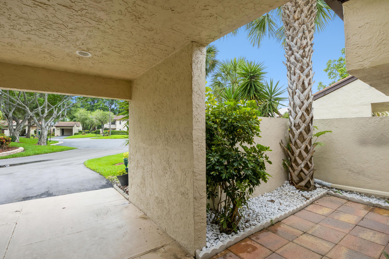 21842 Cypress Circle, Boca Raton, FL 33433