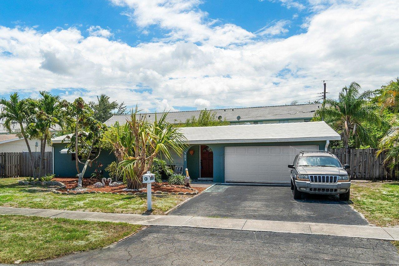305 Se 3rd Terrace, Deerfield Beach, FL 33441