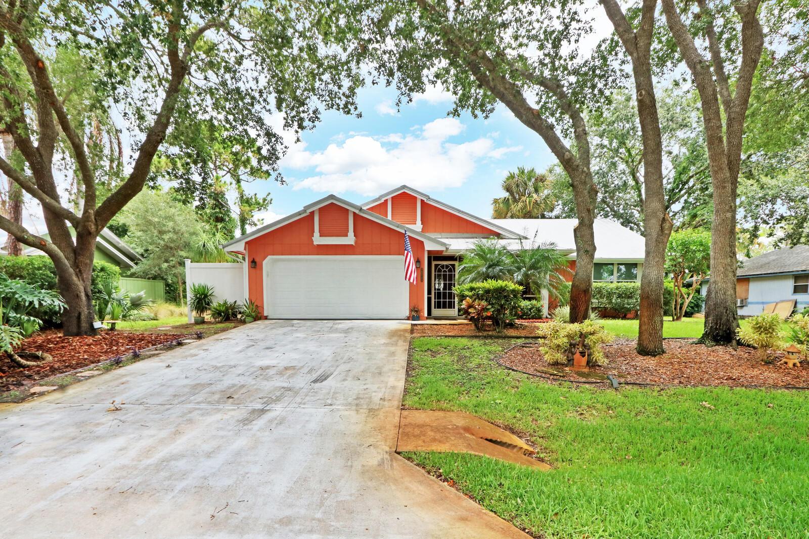 2015 Sw Dovetail Terrace, Palm City, FL 34990