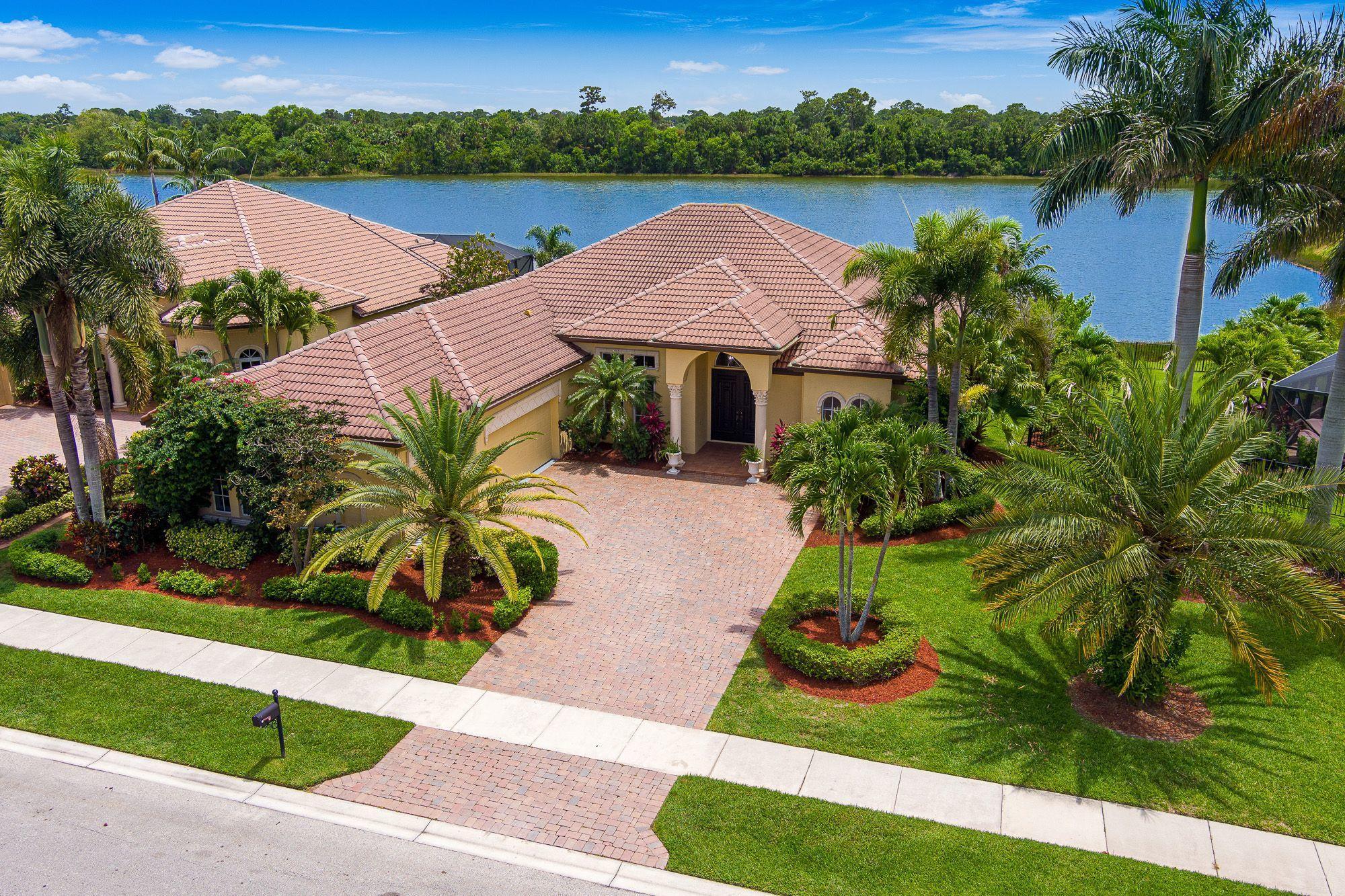 889 Sw Grand Reserve Boulevard, Saint Lucie West, FL 34986