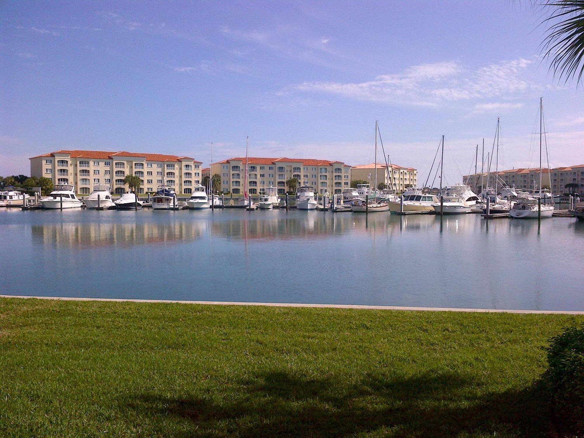 12 Harbour Isle W Drive, Fort Pierce, FL 34949