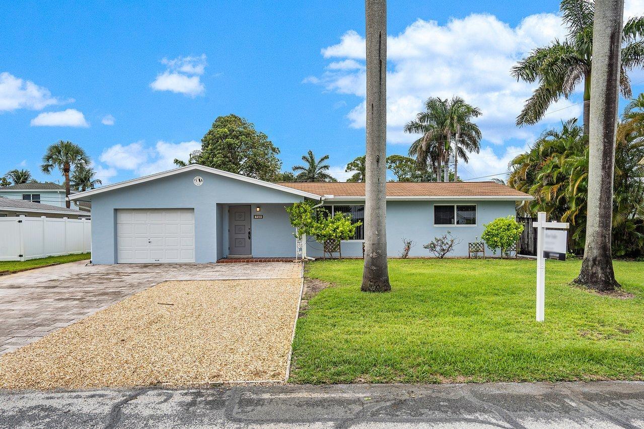 709 Sw 27th Place, Boynton Beach, FL 33435