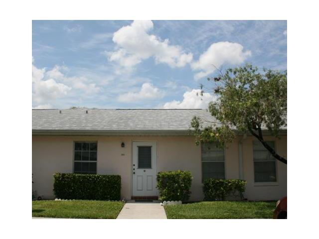 372 Bennington Lane, Lake Worth, FL 33467