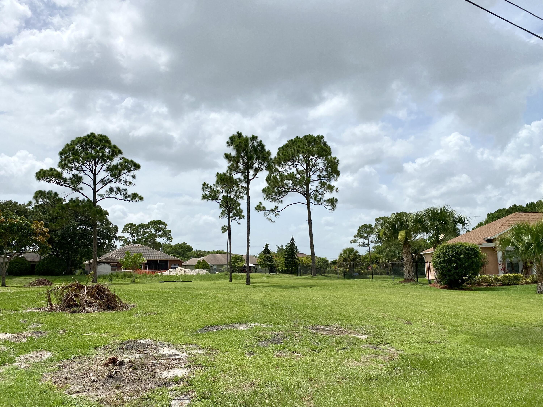 2626 Sw Calder Street, Port Saint Lucie, FL 34953