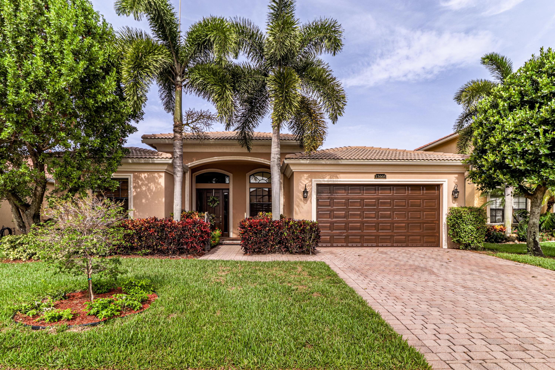 15668 Glencrest Avenue, Delray Beach, FL 33446