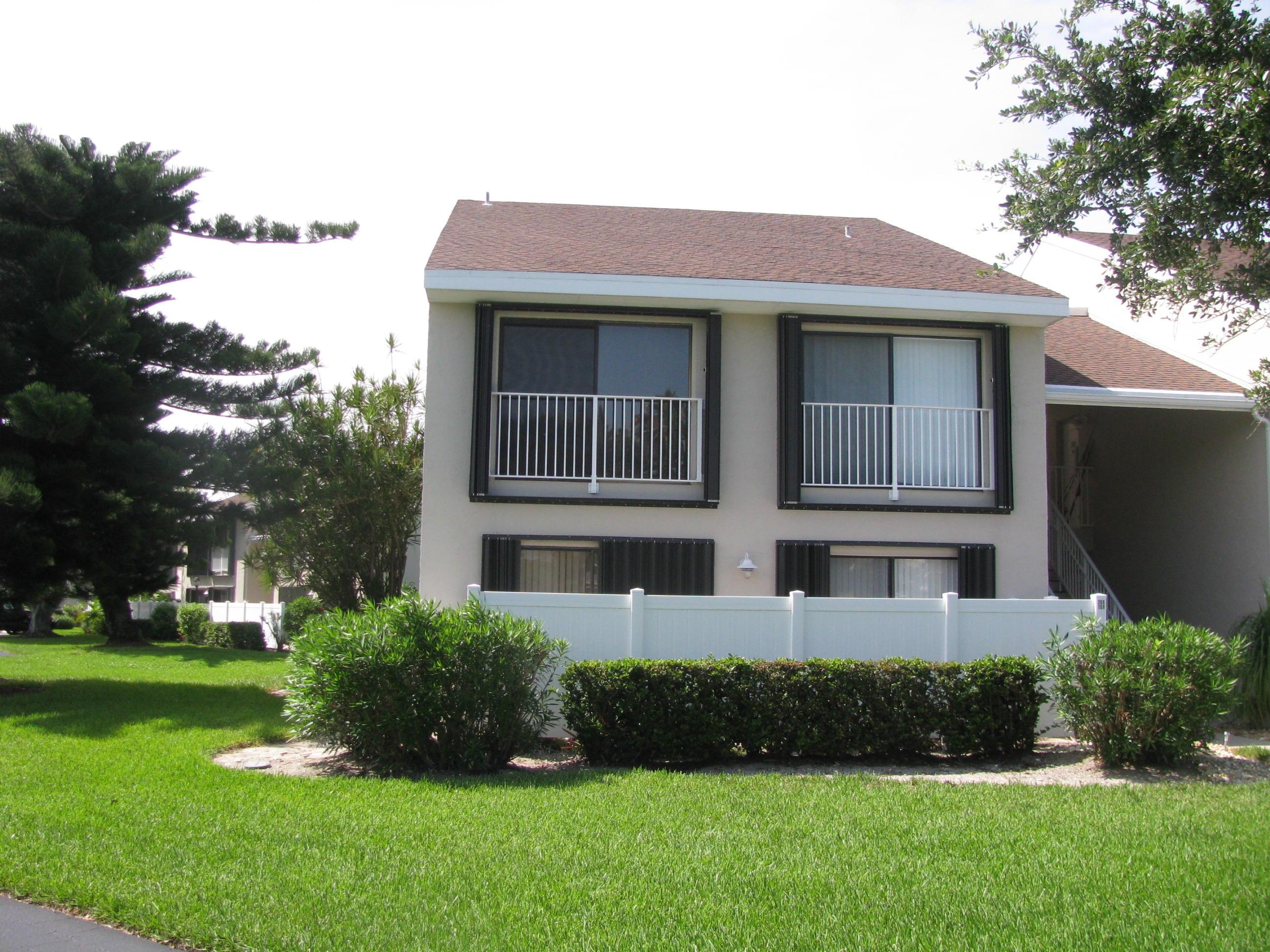 3216 S Lakeview Circle, Hutchinson Island, FL 34949