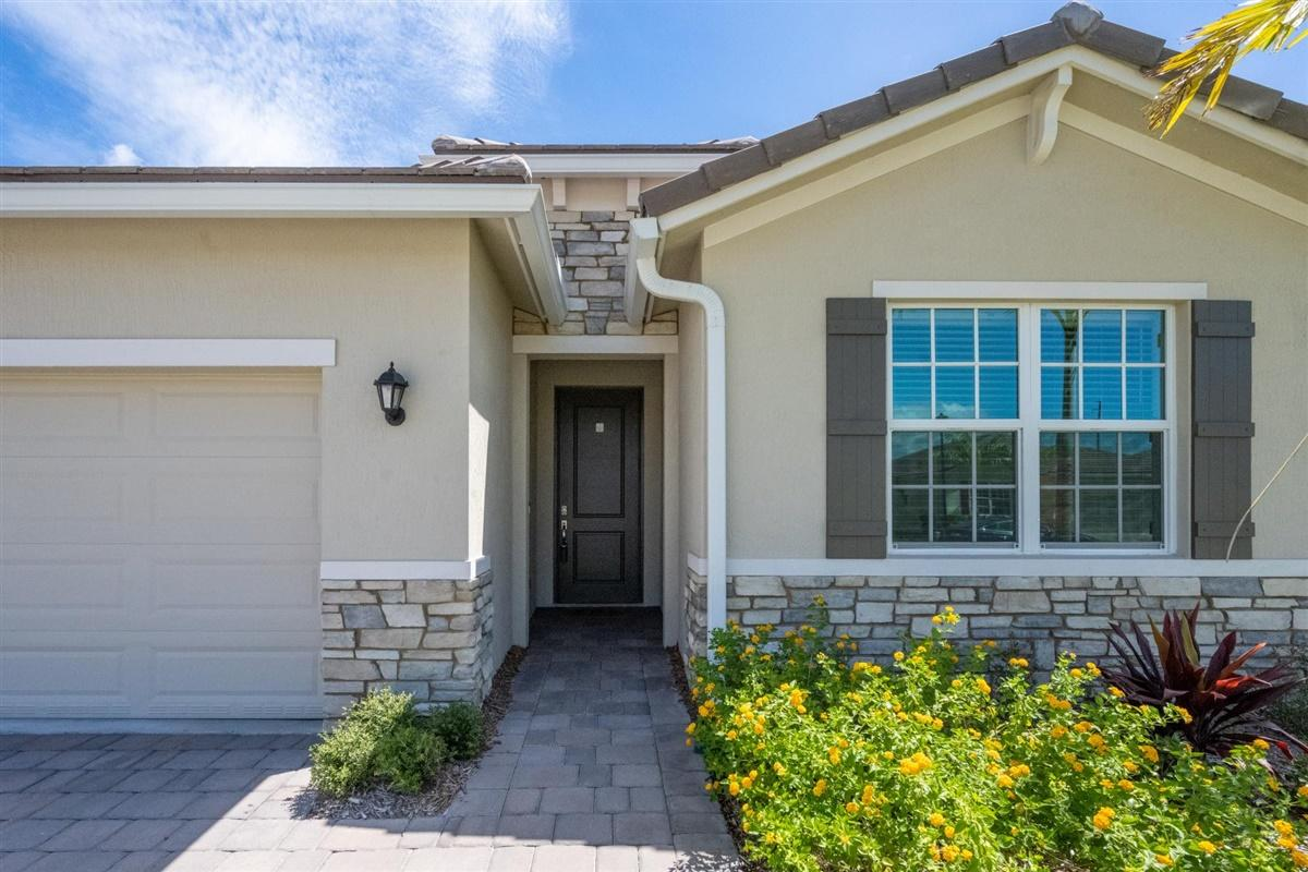 4595 Nw King Court, Jensen Beach, FL 34957