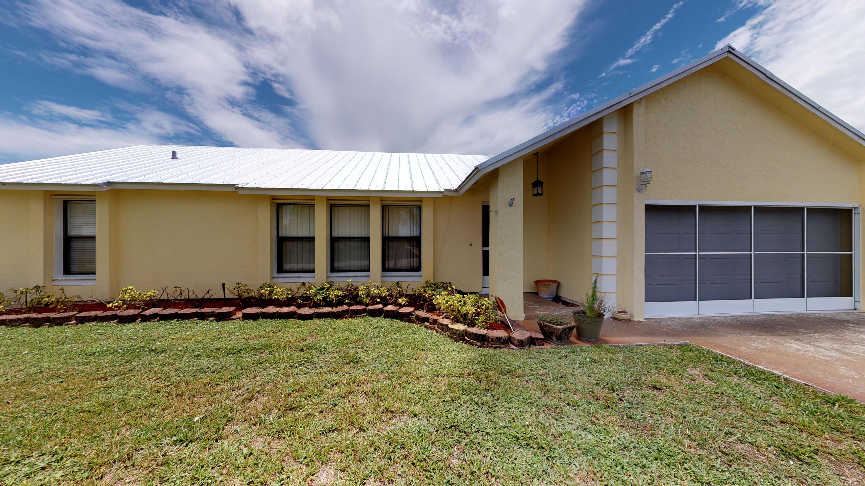 402 Se Inwood Avenue, Port Saint Lucie, FL 34984