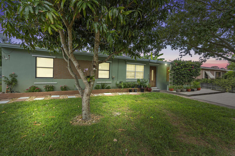 805 El Rancho, Fort Pierce, FL 34982
