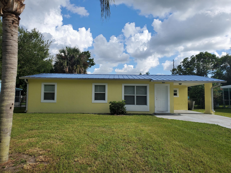 805 Wisteria Avenue, Fort Pierce, FL 34982