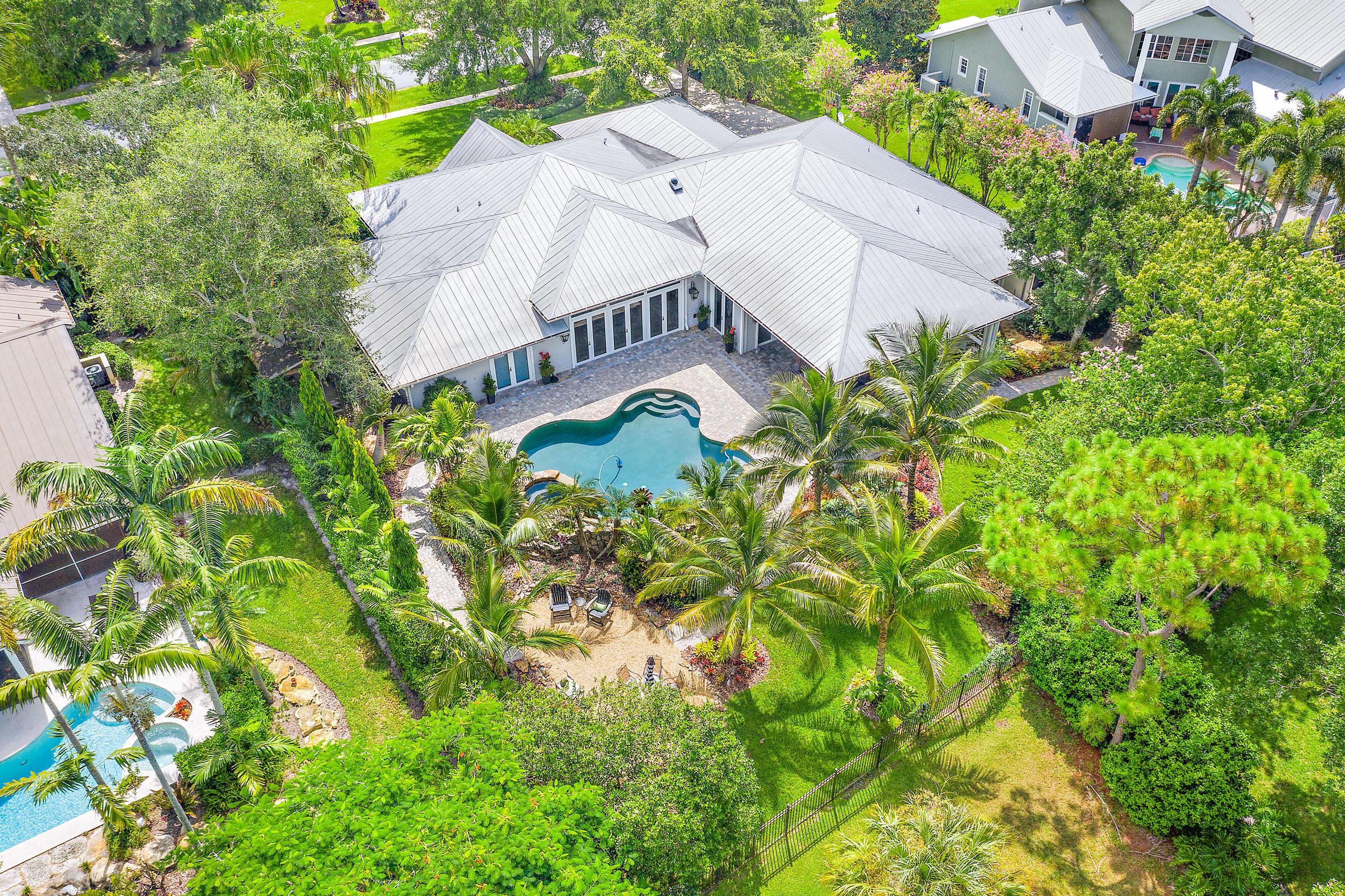 5570 Sw Coral Tree Lane, Palm City, FL 34990