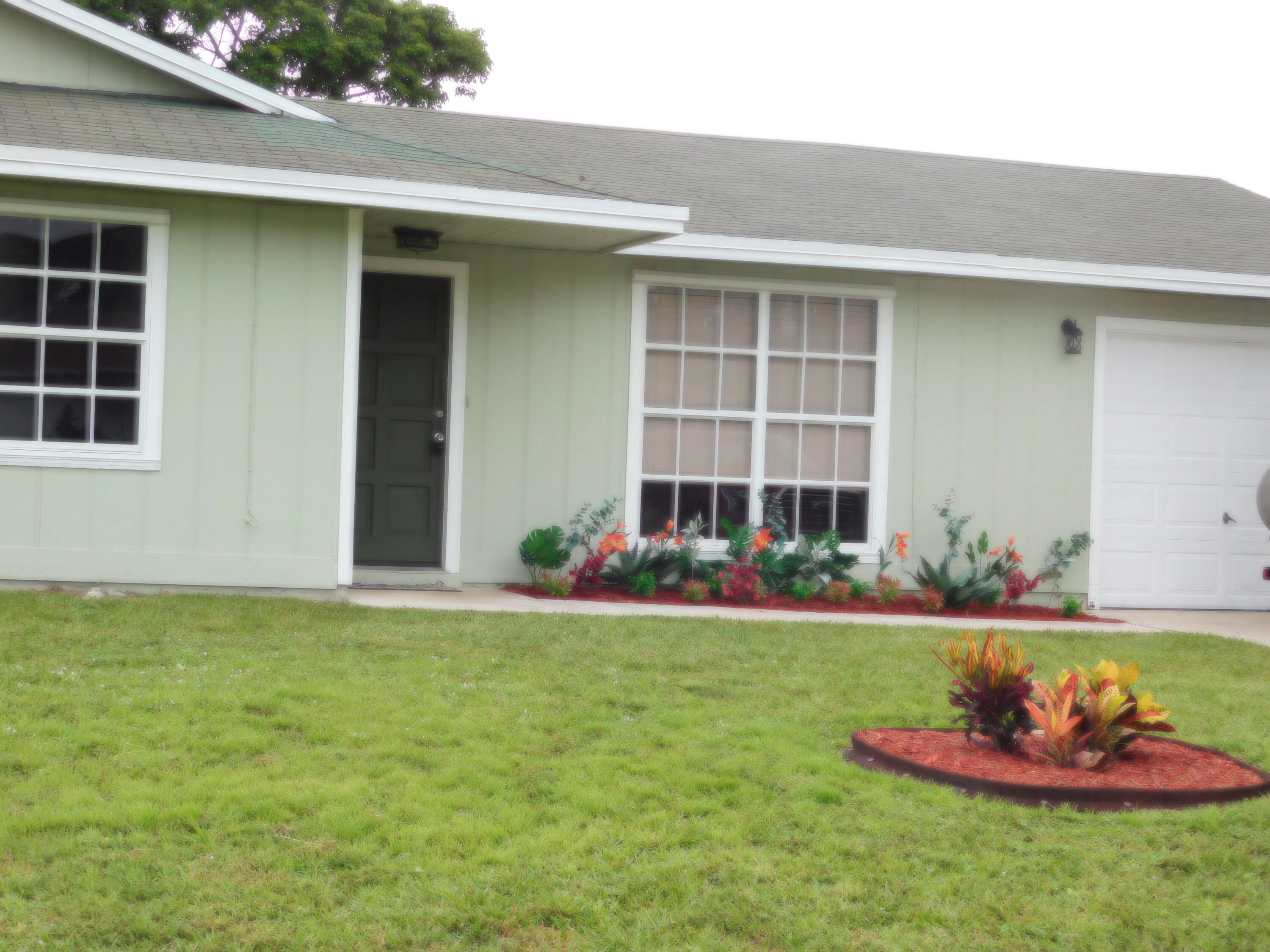 1601 Sw Andalusia Road, Port Saint Lucie, FL 34953